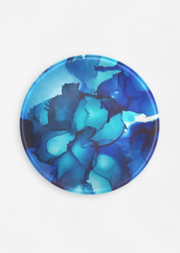 Blue lagoon - On a round glass plate