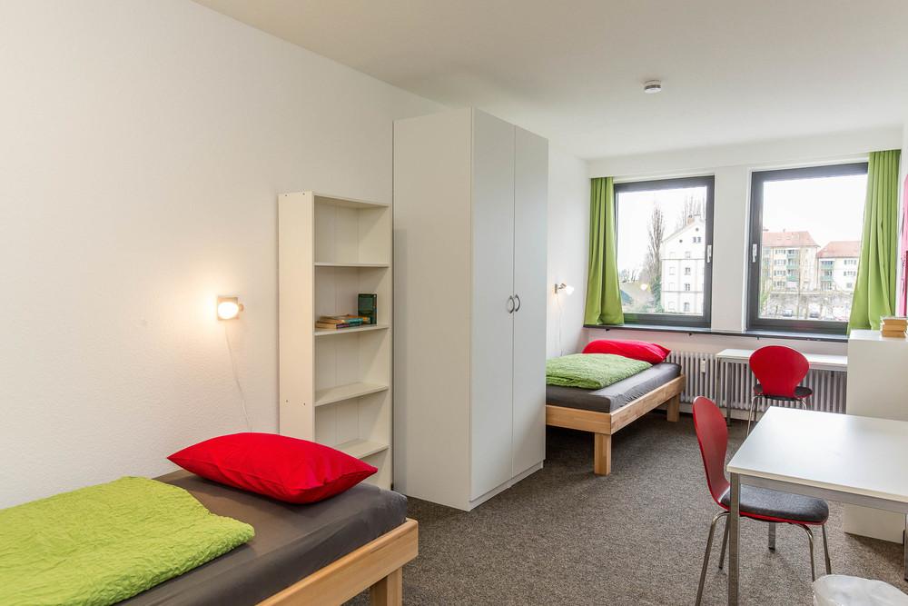 Two-bed room - Insel Hostel LIndau