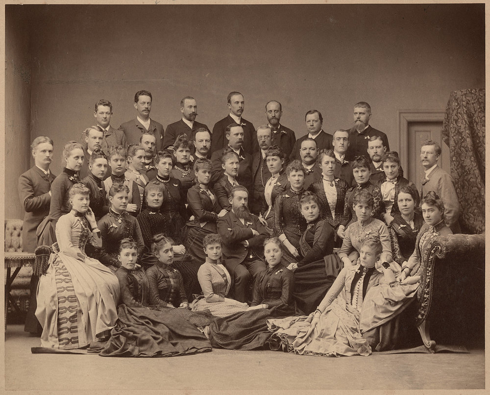 Members of the Philharmonic Association, the former Musikföreningen in Stockholm. 42 people took part in the rst Nordic Music Days (Nordiska Musikfesten) in Copenhagen in 1888. The photograph was taken 'in a festive mood' in the afternoon at Hansen and Weller on Bredgade 28, Copenhagen, 7 June 1888. The man in the middle is possibly Andreas Hallén. Photo used courtesy of the Music and Theatre Library in Stockholm.
