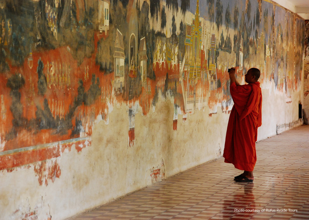 Tour Photo Buddhist Monk.jpg