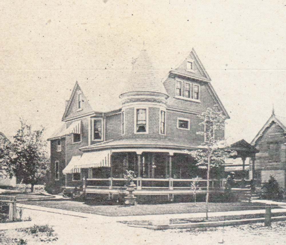1908 house.jpg