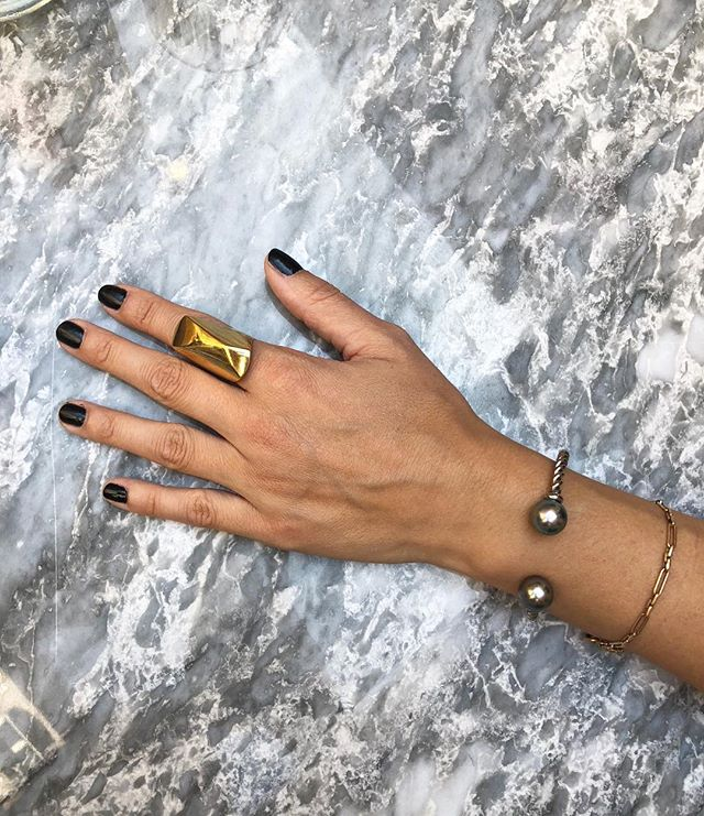 Bespoke 18ct grey gold rope cuff with grey Tahitian pearls ♥️ #bespoke #oneofakind #sophiekeegan