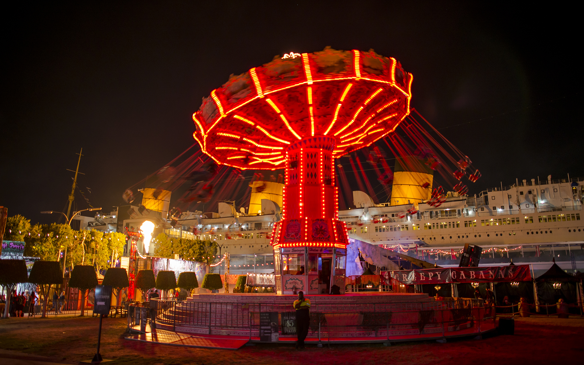 I went to the Queen Mary's Dark Harbor in early October