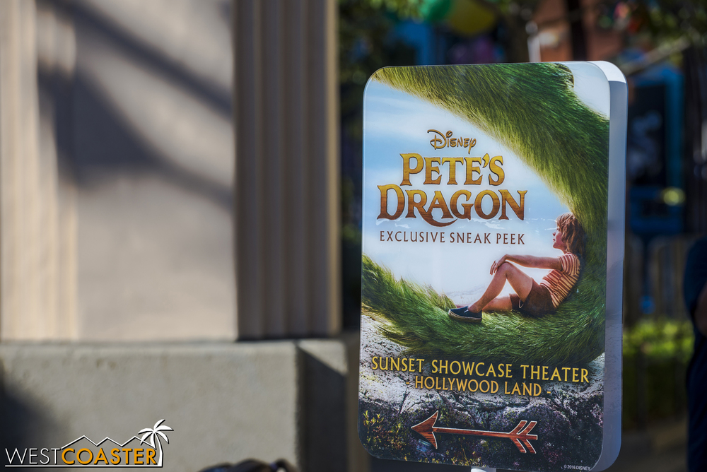 Check out a snippet of  Pete's dragon  at Hollywood Land in Disney California Adventure!