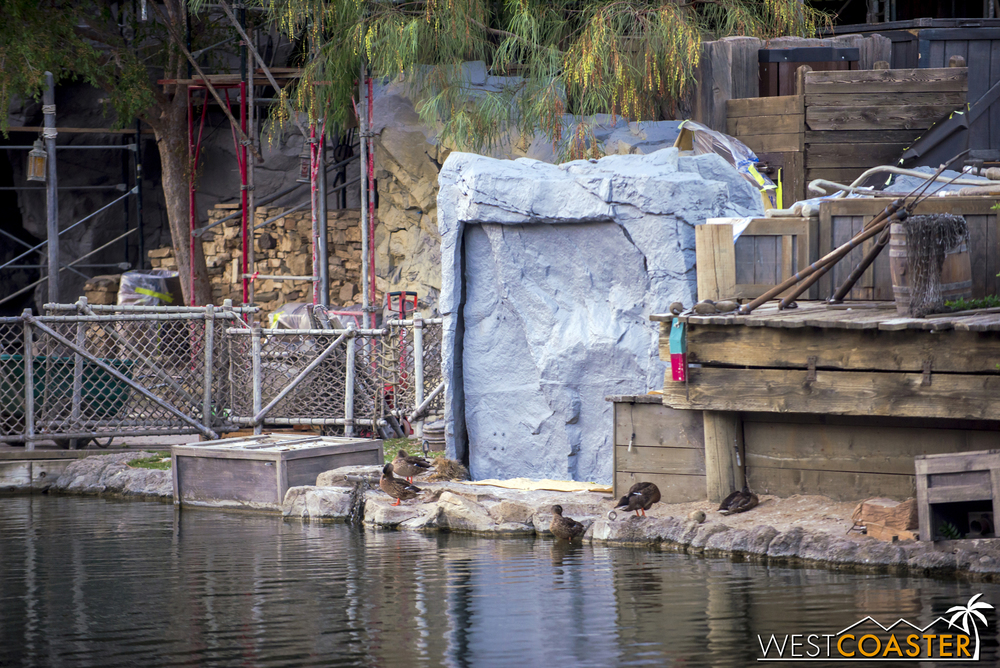 As you can see, they really hide equipment and items for FANTASMIC!