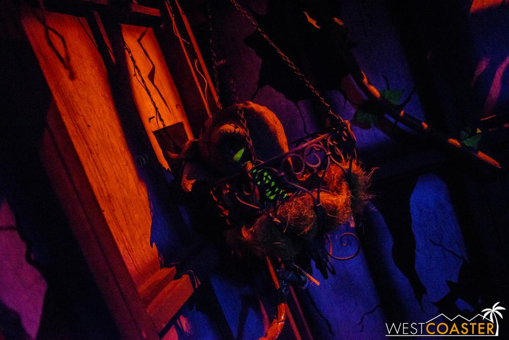 MSS2016-HoS-SpookyHollows-0011.jpg