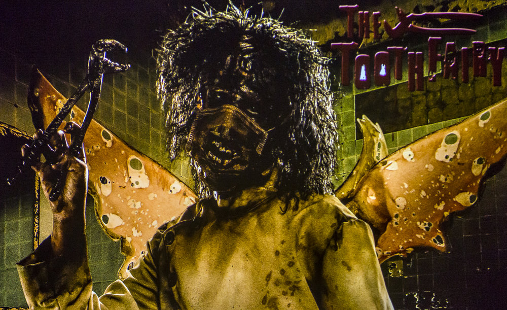 The Tooth Fairy (Image courtesy of Knott's Scary Farm)