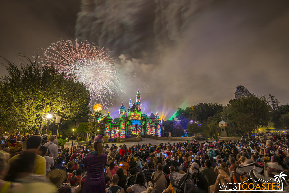 Halloween Screams is one of Disney's best fireworks shows (in my opinion).  Although I hate that the park made this only available at the Halloween Party, I have to admit that it's a smart business move.