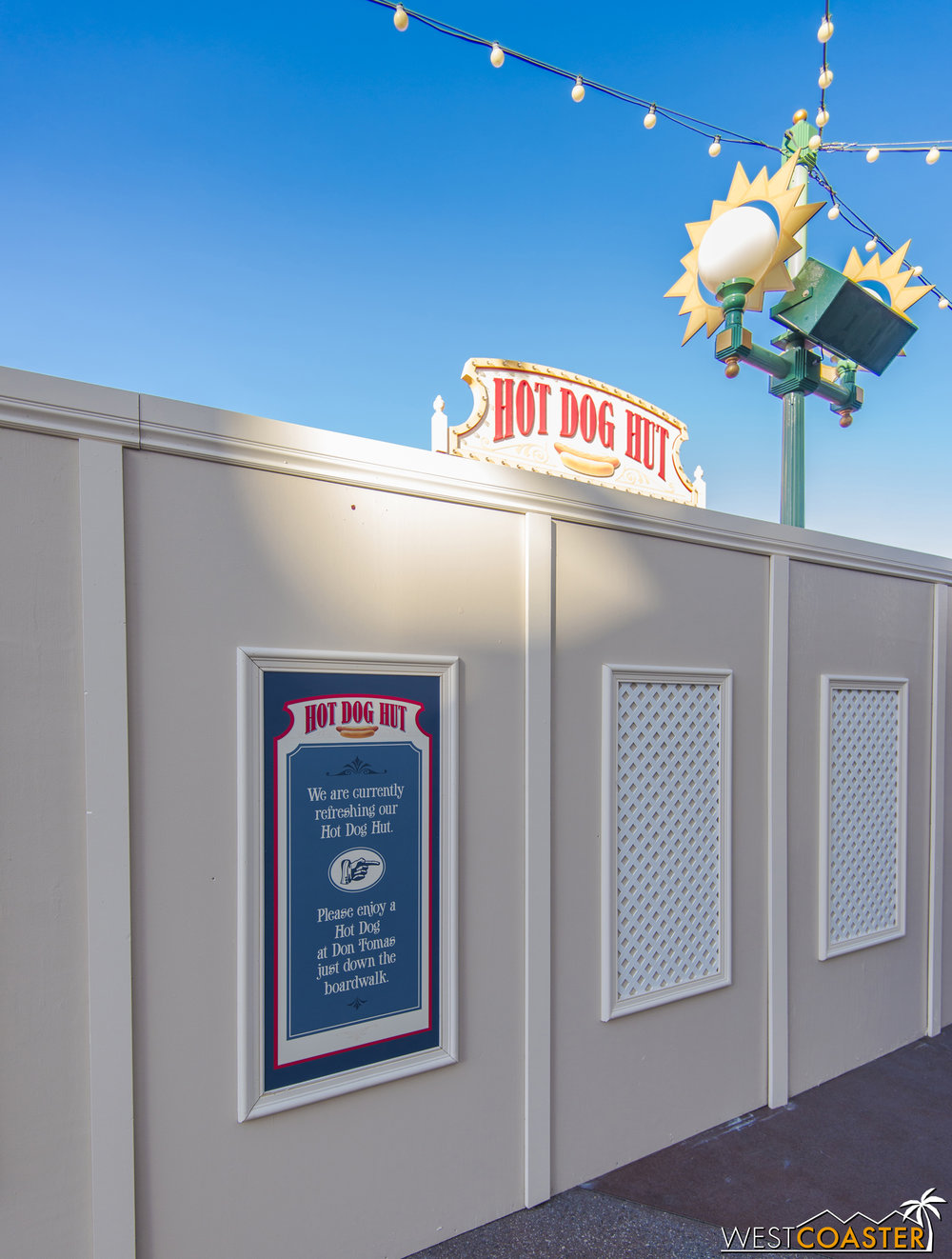 Over in Disney California Adventure, if you must have a hot dog on Paradise Pier, you're out of luck.