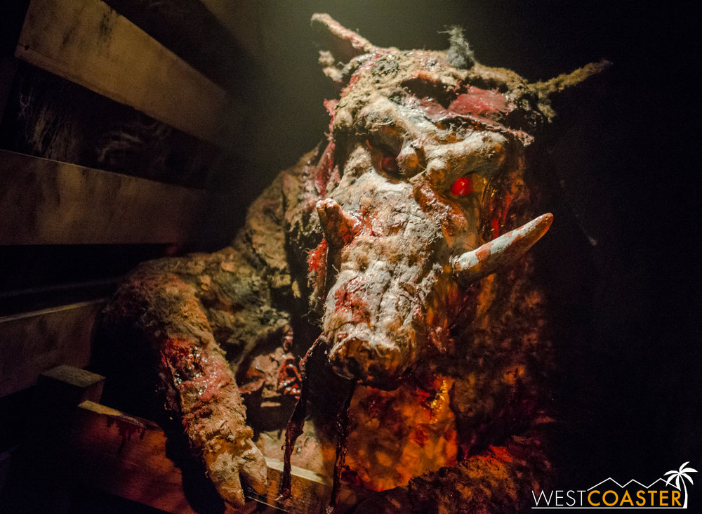 The animatronic is pretty fantastic.  And disgusting looking.