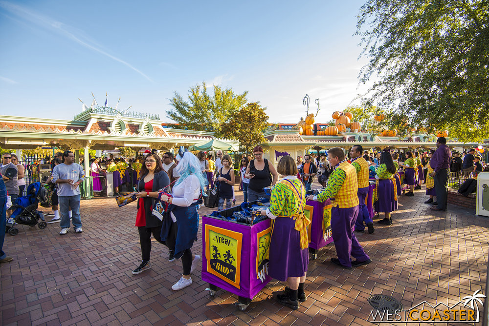 Mickey's Halloween Party goers get souvenir trick or treat bags.