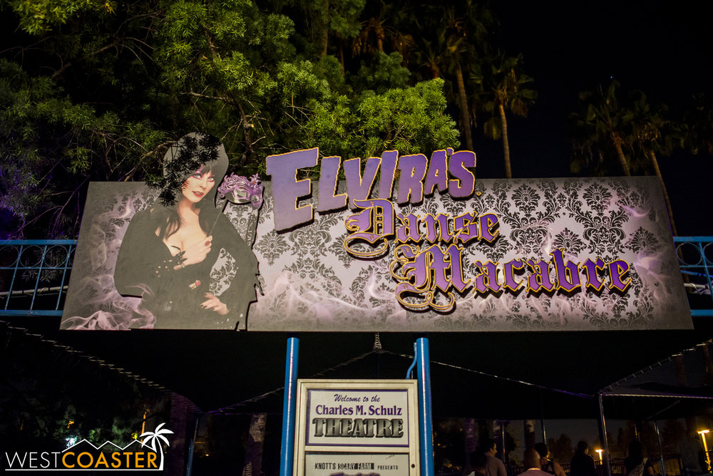 Welcome to Elvira's third year back at Knott's Scary Farm!