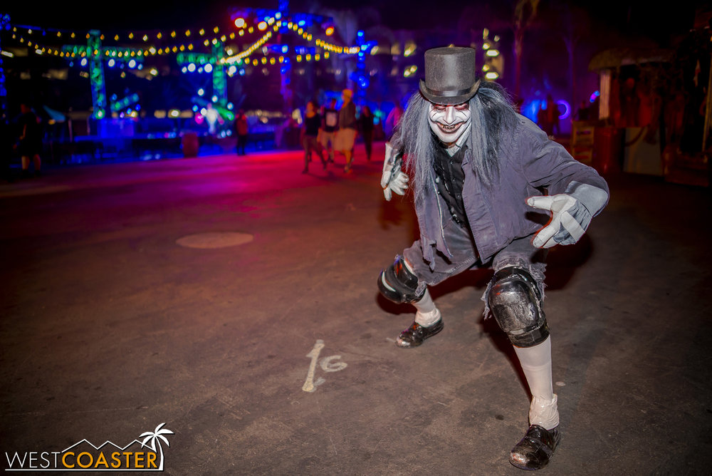 Legendary Knott's Scary Farm monster Spats came out of retirement for this unique night.