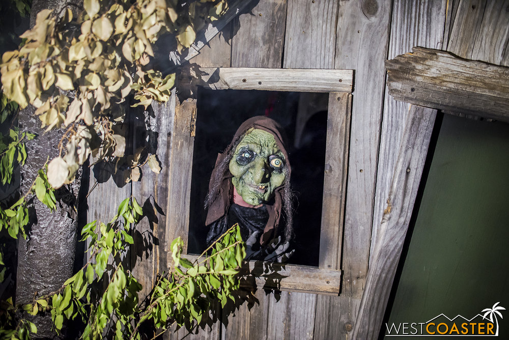 Surprise! A drop panel allowed for scares of guests outside the haunt!