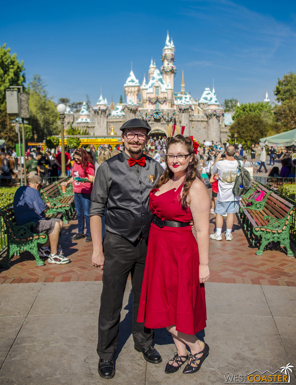 Our friends, Shaun and Jessica went as Jafar and Iago for their DisneyBound.