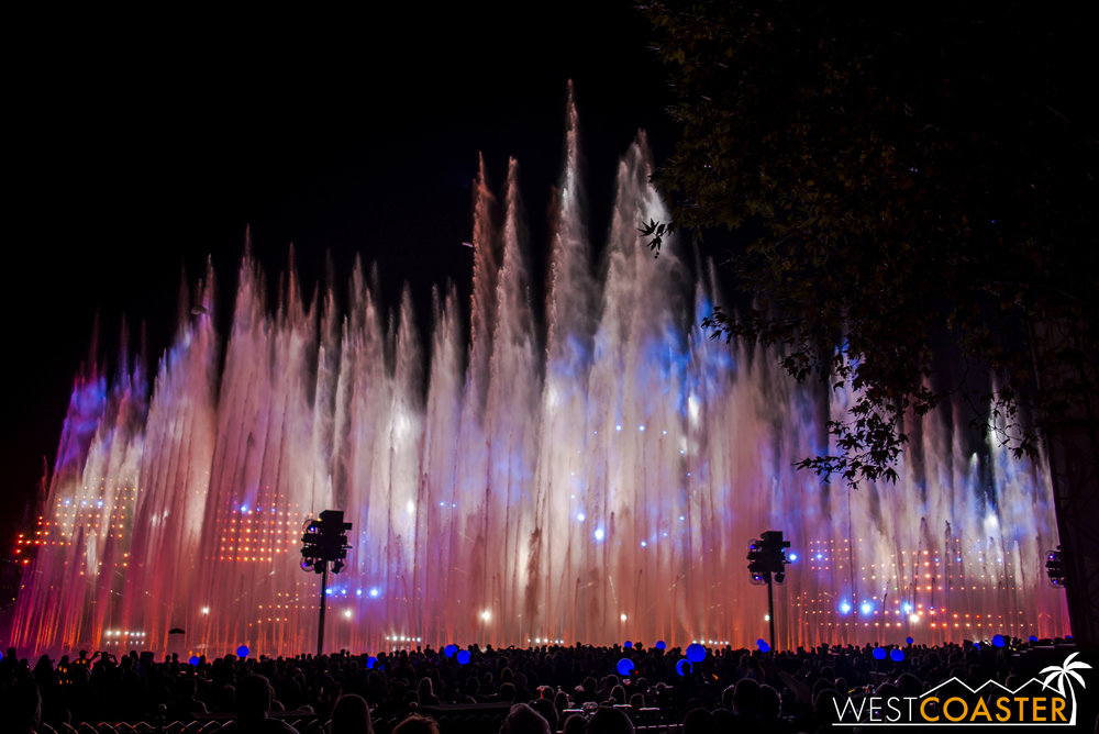 World of Color: Season of Light is full of holiday grandeur.