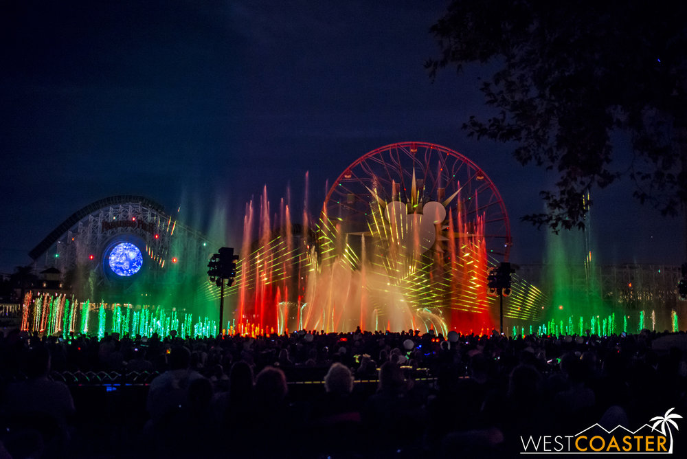 DLR-16_1117-0144(WorldOfColor).jpg