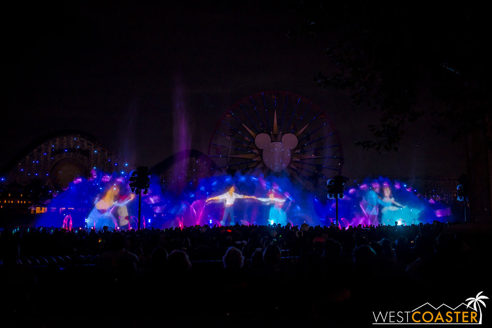 DLR-16_1117-0151(WorldOfColor).jpg