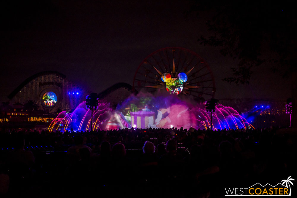 DLR-16_1117-0153(WorldOfColor).jpg