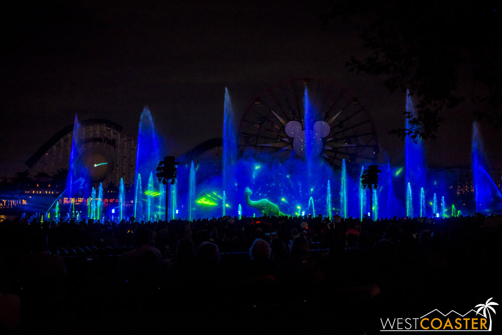 DLR-16_1117-0156(WorldOfColor).jpg