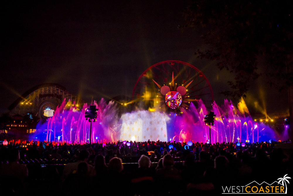DLR-16_1117-0161(WorldOfColor).jpg