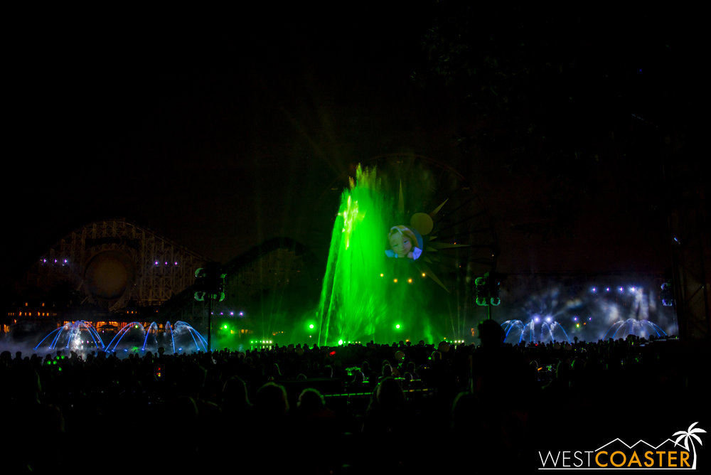 DLR-16_1117-0162(WorldOfColor).jpg