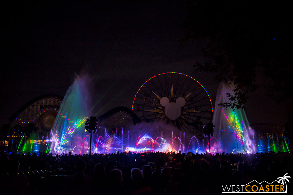 DLR-16_1117-0165(WorldOfColor).jpg