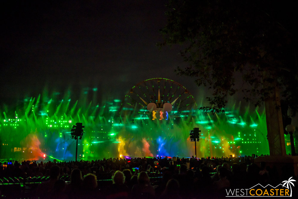 DLR-16_1117-0166(WorldOfColor).jpg