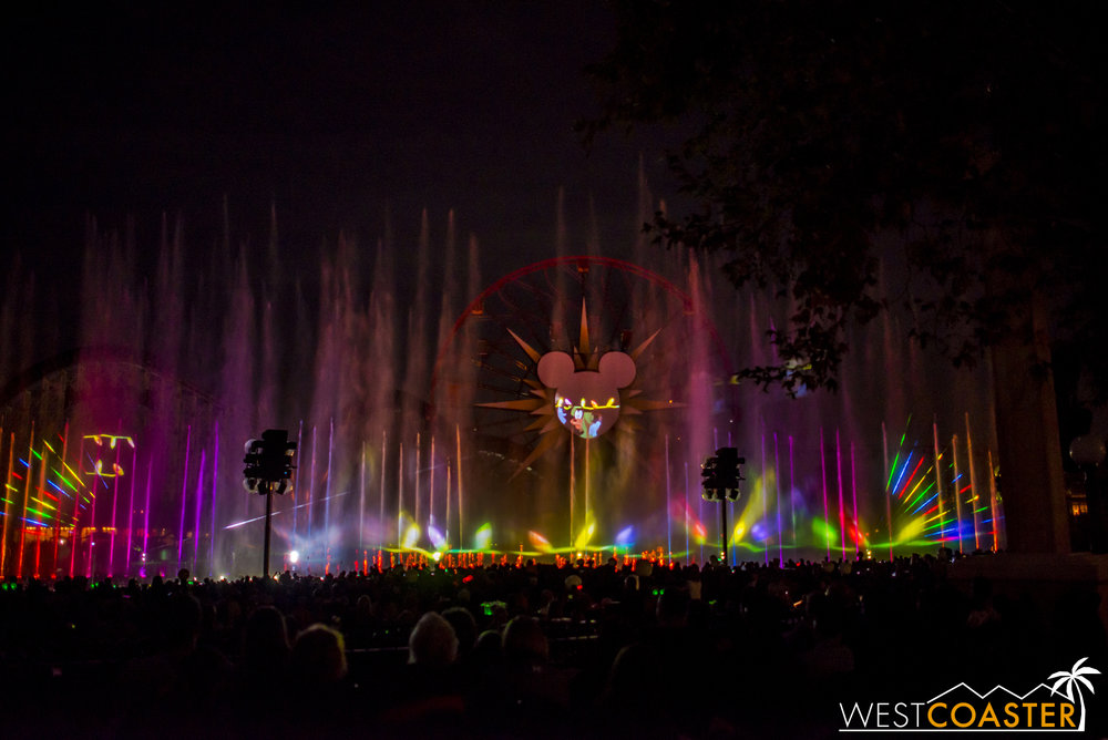 DLR-16_1117-0167(WorldOfColor).jpg