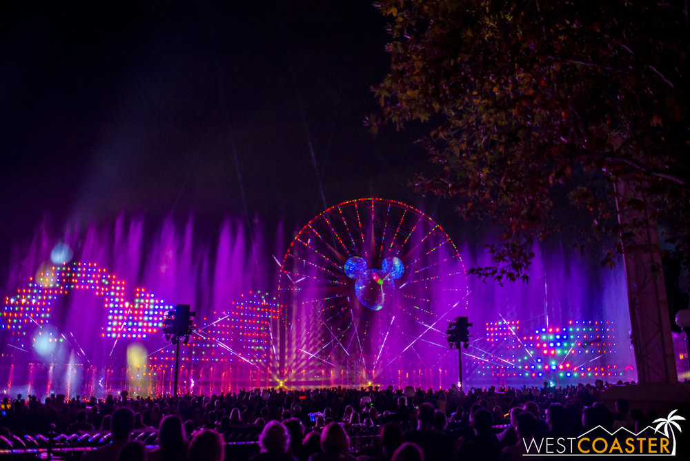 DLR-16_1117-0169(WorldOfColor).jpg