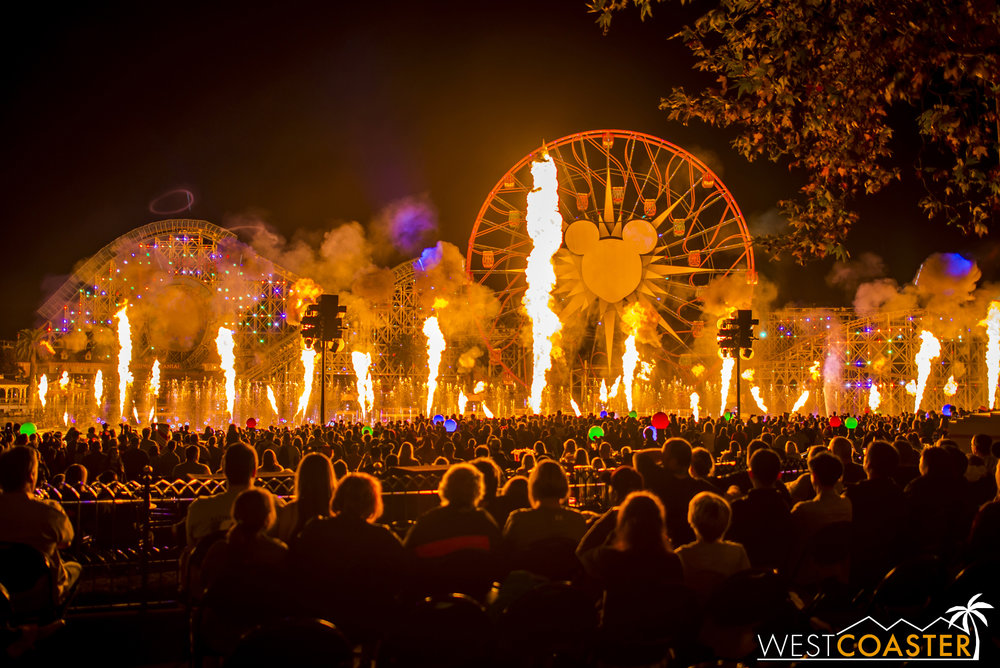 DLR-16_1117-0171(WorldOfColor).jpg