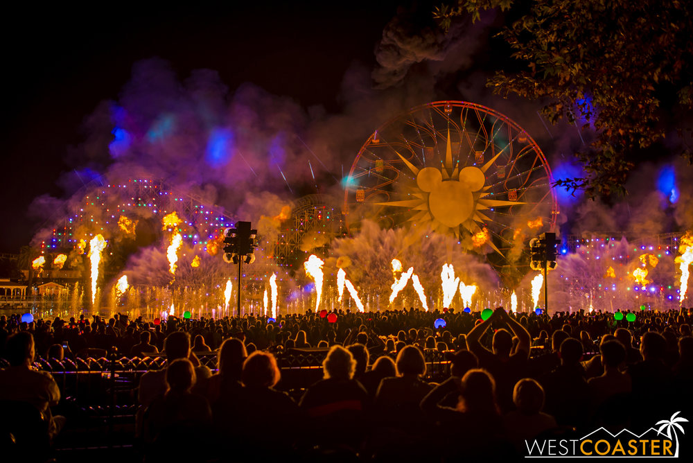 DLR-16_1117-0173(WorldOfColor).jpg