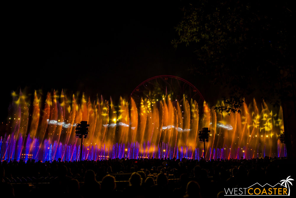 DLR-16_1117-0188(WorldOfColor).jpg
