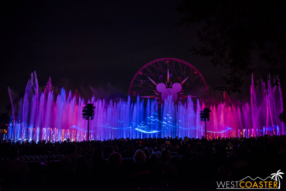 DLR-16_1117-0189(WorldOfColor).jpg