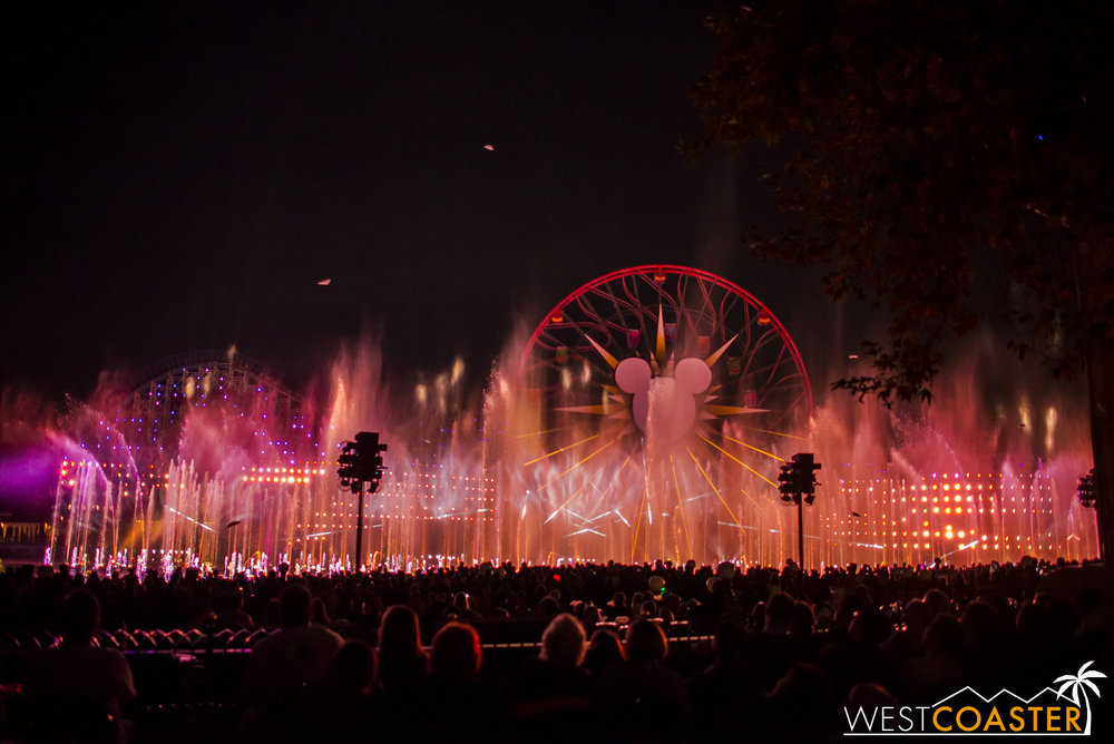 DLR-16_1117-0192(WorldOfColor).jpg