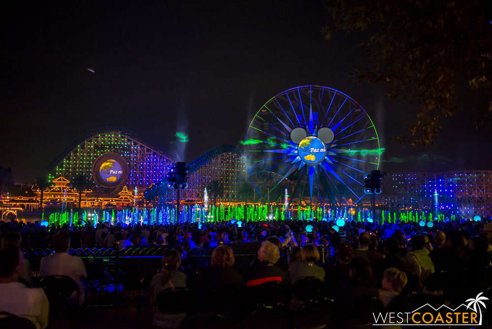 DLR-16_1117-0195(WorldOfColor).jpg