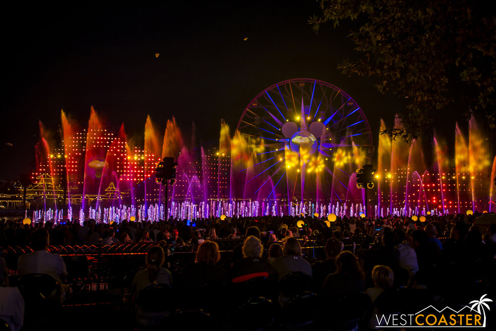 DLR-16_1117-0196(WorldOfColor).jpg