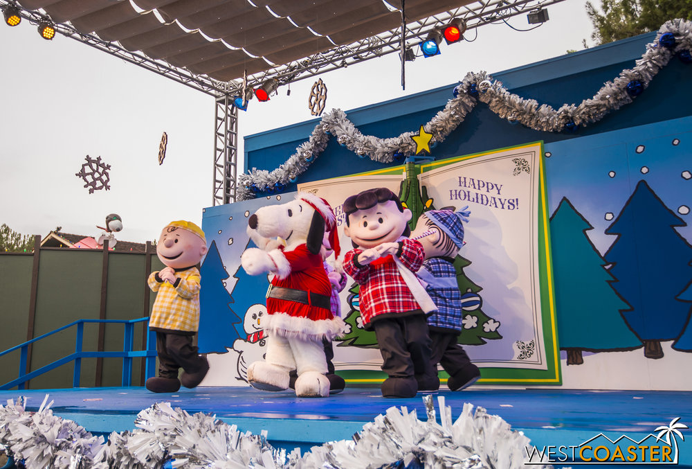 Of course, everyone loves it when Santa Snoopy comes out.