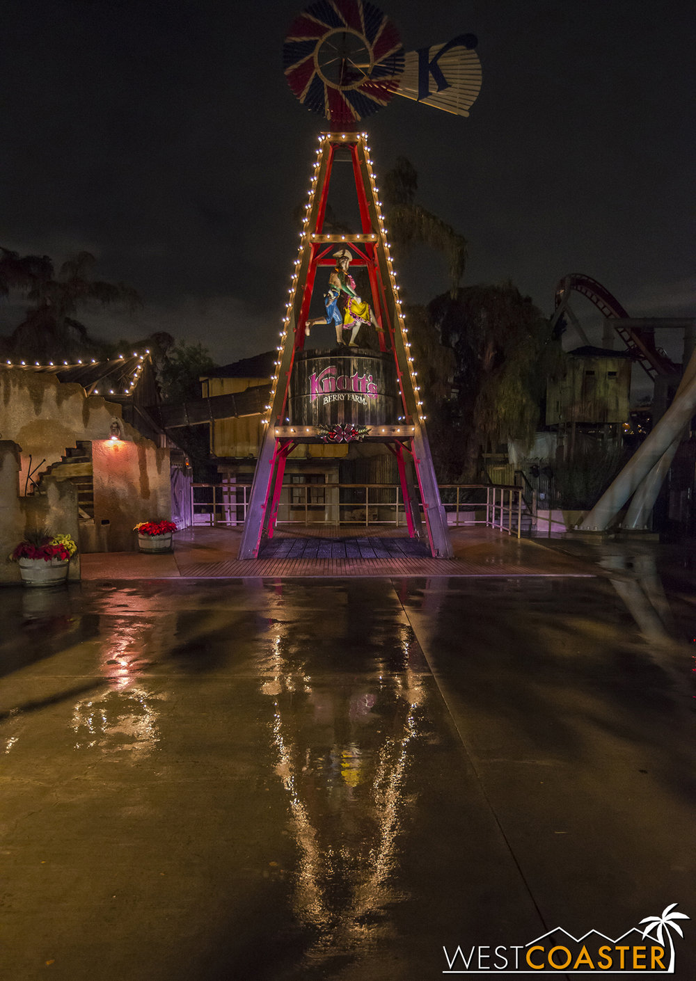 A parting shot... the windmill casts a nice reflection on the wet pavement on this rainy evening.