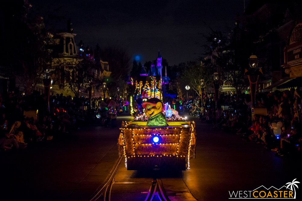 The Snow White mine cart floats are similar newer looking and pretty colorful.