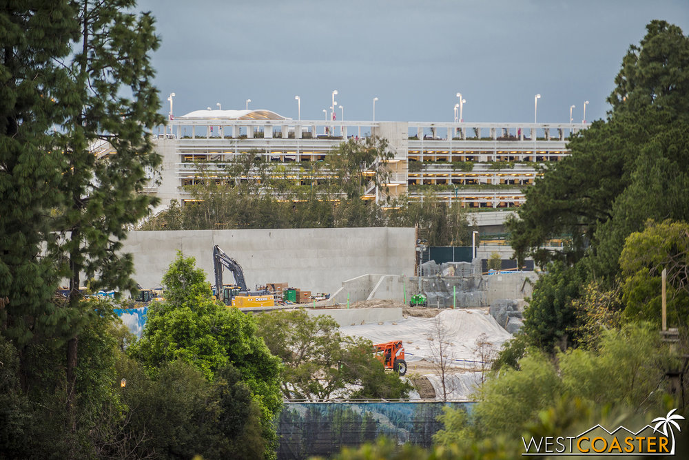 It doesn't look that large, until you look at the same wall from the opposite perspective (from Tarzan's Treehouse), and suddenly you realize: that's a big wall!