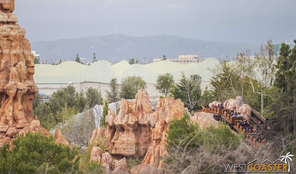 "Glancing at this part of ""Star Wars"" Land from Tarzan's Treehouse is not too helpful.  Looks like some more future rockwork in gray in the back."
