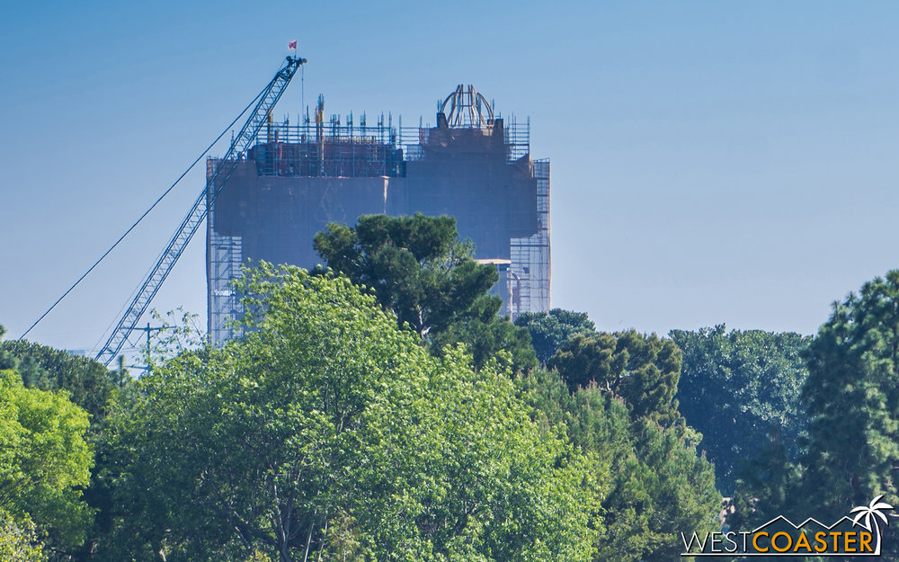 The under refurbishment NOT-Tower of Terror has been an ever looming presence during its makeover, but its exterior changes are starting to take shape.