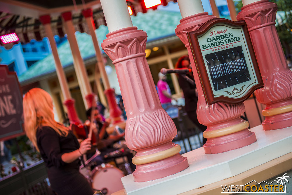 Showtimes occur throughout the afternoon, so guests are never too long of a wait away from the next performance.