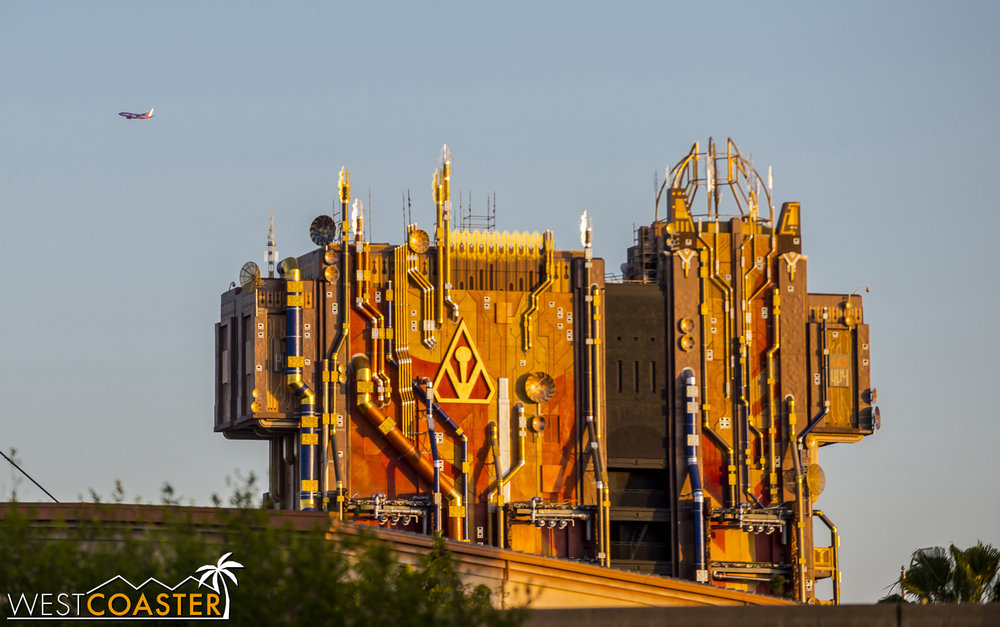 Peeking over a sound stage in Hollywood Land, the Guardians of the Galaxy show building stands out in stark contrast to pretty much everything around it.