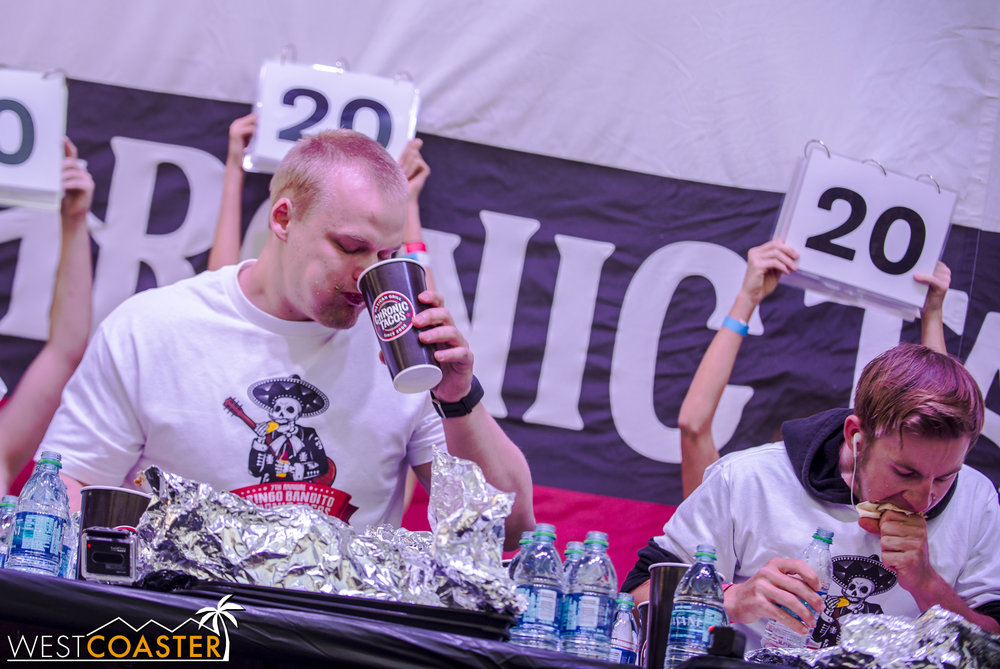 SabrosoFest-17_0401-E-EatingContest-0008.jpg