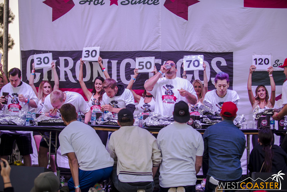 SabrosoFest-17_0401-E-EatingContest-0013.jpg