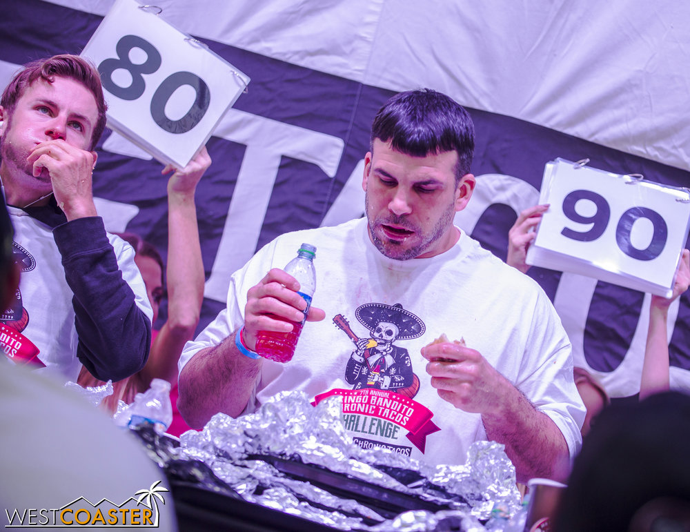 SabrosoFest-17_0401-E-EatingContest-0020.jpg