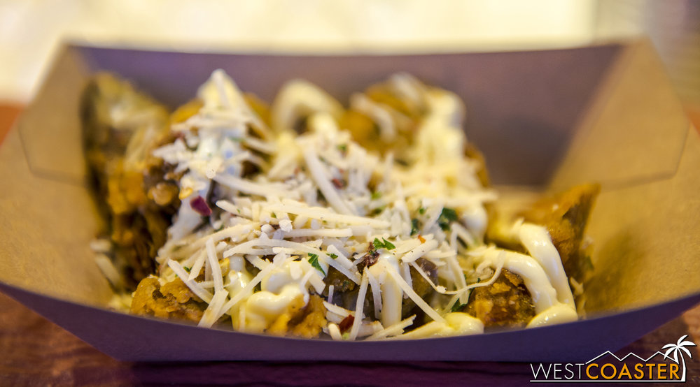 One of my favorite dishes of the event was the Fried Artichoke at the I <3 Artichokes stand.  Seriously delicious.
