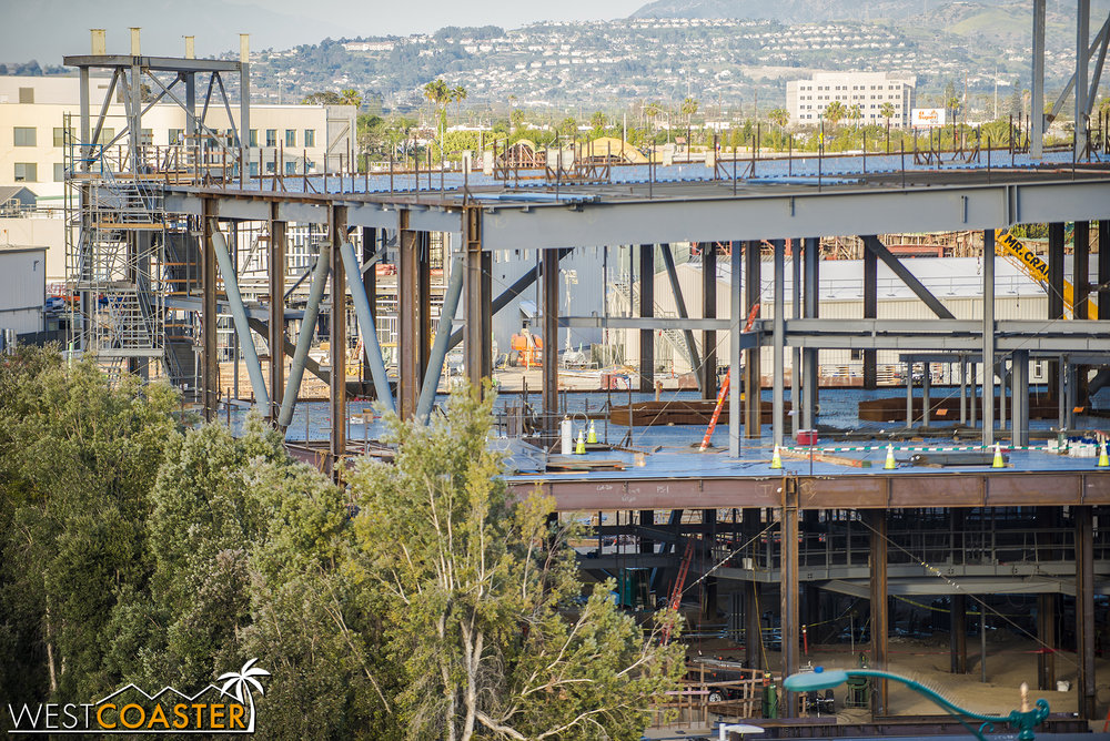 Zooming in on all that steel, we see that the structural members appear largely complete here.  Those buckling-restrained braced frames look sexy.